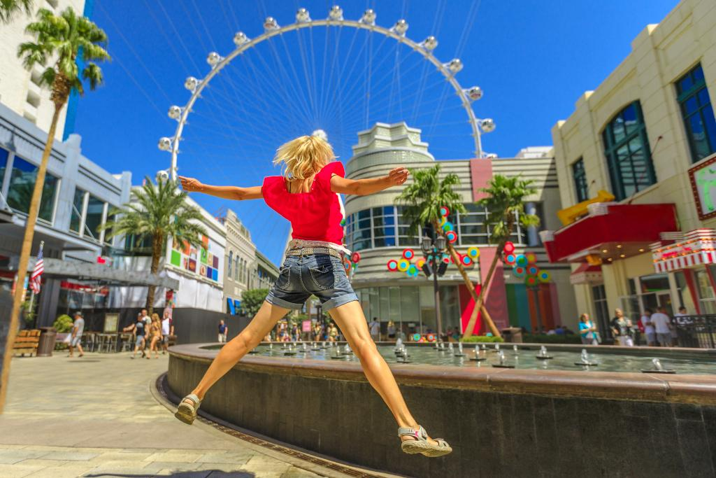 family-friendly-things-to-do-in-vegas-high-roller